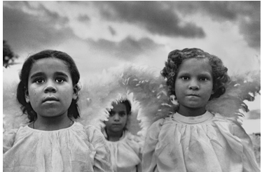 Sebastião Salgado, First Communion in Juazeiro do Norte, Brazil, 1981  ©Sebastião Salgado/Amazonas images, Courtesy of Sebastião Salgado & Peter Fetterman Gallery