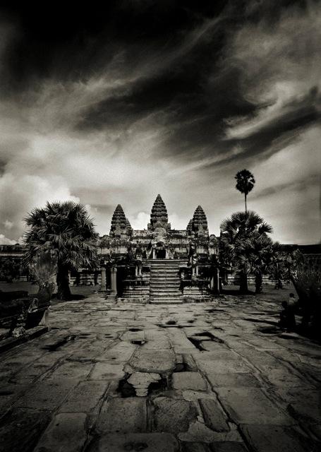 Angkor, Cambodia,1999 © Andreas H.Bitesnich