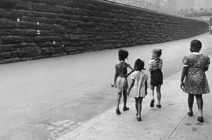 Helen Levitt                                                                            New York, c. 1940                                                                Gelatin silver print on paper                                            Gift of Philip Perkis, 1999.8.1                                          Telfair Museums