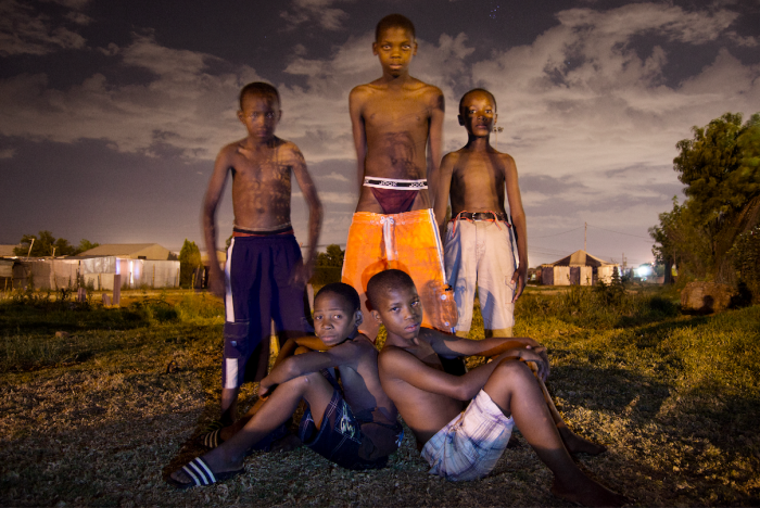 Sibusiso Bheka, 2015, At night, they walk with me, Thokoza, South Africa © Sibusiso Bheka