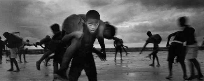 Ernesto-Bazan-Young-wrestlers-Havana-Isla