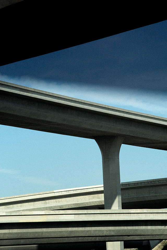 Vertical-Horizon_Freeway-Diagonals